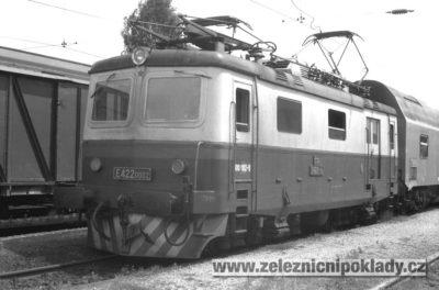 lokomotivní řada 100, E 422.0, Malá Bobina, Kapesní Bobina